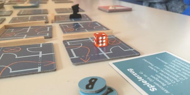 Es wurden klassische Brettspiele gespielt und neue Formen des gemeinsamen Spielens ausprobiert. Foto: ©Jan Grooten/ EAT
