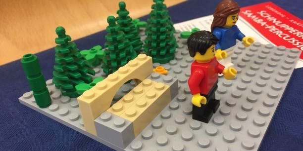 Kulissen, Szenen und Geschichten konnten auch mit Lego-Figuren umgesetzt werden. Foto: © EAT
