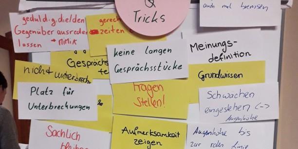 Die Bubble Crasher sammelten gemeinsam Tipps und Tricks zum Gelingen guter Gespräche. Foto: @ Ev. Akademie Sachsen-Anhalt