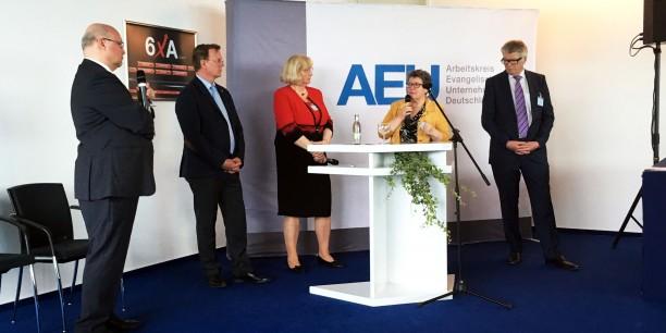 Landesbischöfin Ilse Junkermann (2.v.r.) in der Diskussion mit Friedhelm Wachs, Ministerpräsident Bodo Ramelow, Geras Oberbürgermeisterin Dr. Viola Hahn und Unternehmer Friedhelm Loh (v.l.n.r). Foto: ©Holger Lemme/ EAT