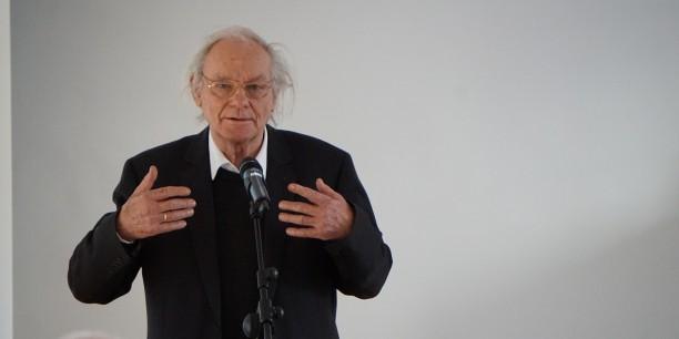 Dr. Ehrhart Neubert beim Vortrag über Moritz Mitzenheim. Foto: © EAT