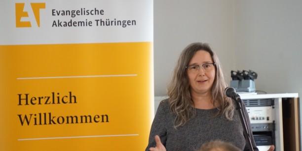 Die Arbeitsministerin Heike Werner eröffnet die 4. Thüringer Arbeitszeitkonferenz am 31. März 2017 in Neudietendorf. Foto: © Sebastian Tischer