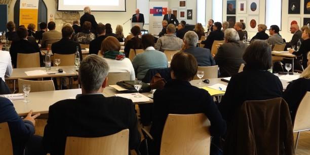 """Mehr als 60 Tagungsgäste diskutierten beim Fachtag """"Arbeit der Zukunft. Digitalisierung als Chance für den ländlichen Raum?"""" am 20. September 2017 im Augustinerkloster zu Erfurt. Foto: (c) Nora Langerock-Siecken"""