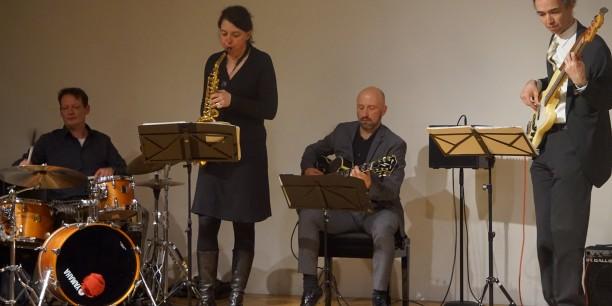"""Das musikalische Rahmenprogramm des Abends kam von den """"Jazz Reservisten"""". Foto: © Annekathrin Härter/ EAT"""