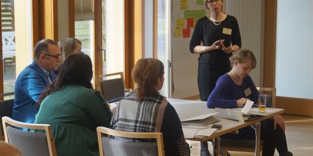 Prof. Dr. Bärbel Kracke referiert über die Erwartungen Jugendlicher und Herausforderungen im Zusammenhang mit dem Berufseinstieg. Foto:©Holger Lemme/EAT