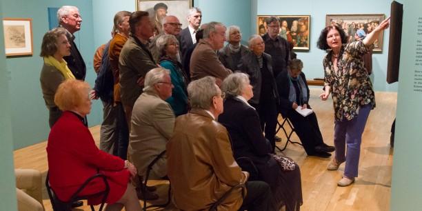 """Akademie-Freundinnen und Freunde sind immer wieder zu interessanten Kulturveranstaltungen eingeladen - hier eine Sonderführung durch die Ausstellung """"Cranach in Weimar"""" 2015."""