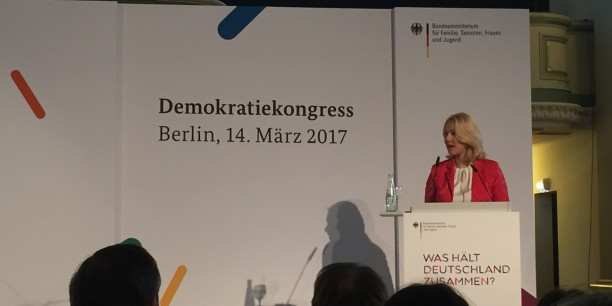 Manuela Schwesig, Bundesministerin für Familie, Senioren, Frauen und Jugend eröffnete den Demokratiekongress. Foto: © Jan Grooten