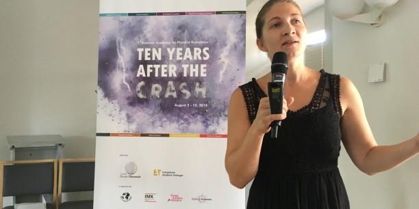 Am Samstag, 4. August, stellte Prof. Dr. Svenja Flechtner (Universität Siegen) in ihrem Einführungsvortrag überzeugende Gründe für die Notwendigkeit einer pluralen Ökonomik vor. Foto: (c) Holger Lemme/EAT