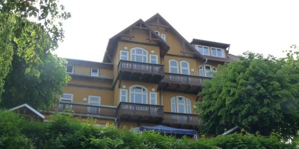"Im Mai ist das Haus als ""Jugendbildungsstätte Junker Jörg"" wiedereröffnet worden."
