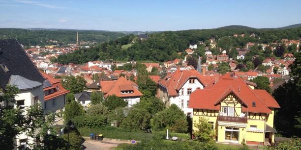 Traumhafte Ausblicke über Eisenach eröffnen sich den Tagungsgästen der Jugendbildungsstätte Junker Jörg.