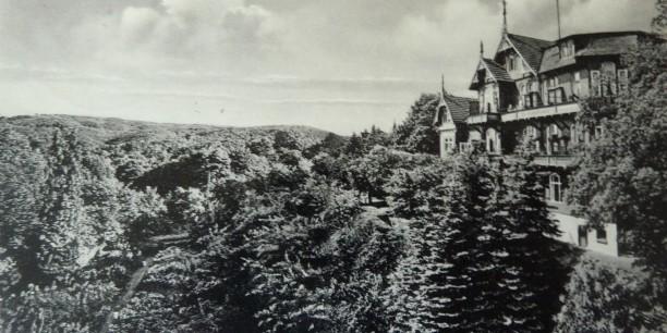 Das ehemalige Neulandhaus als Motiv einer Postkarte 1943.