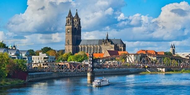 Der Gesamtkonvent des Kirchenkreises Magdeburg möchte die Kontakte zu Menschen in der Arbeitswelt intensivieren. Foto: (c) Till Voigt/pixabay.