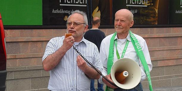 Hannes Kreller, Bundesvorsitzender der Allianz für den freien Sonntag, ruft die Leipziger und ihre Gäste zum Schutz des Sonntags auf.