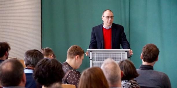 Fachliche Unterstützung gab es von Dr. Stefan Gerber der Friedrich-Schiller-Universität Jena. Foto: ©Désirée Reuther/EAT