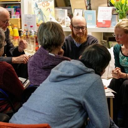Zwischen Büchern: Erster Literarischer Salon. Foto: © EAT