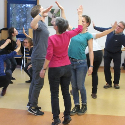 Gruppenübung beim Workshop Forumtheater. Foto: © EAT